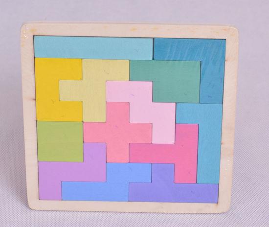 Image de Tangram en bois ak144